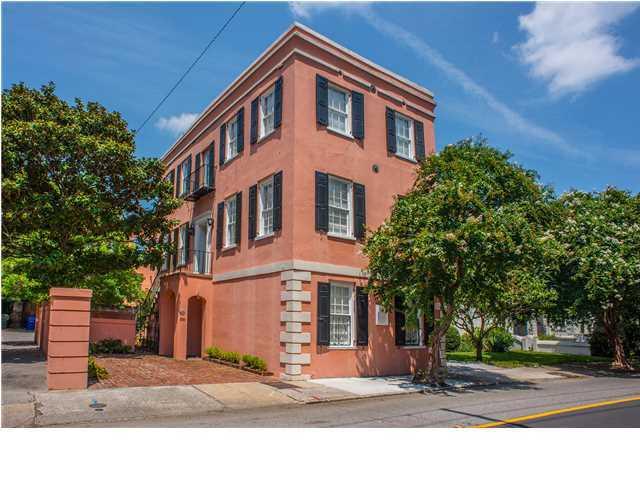 38 Wentworth Street Charleston, SC 29401
