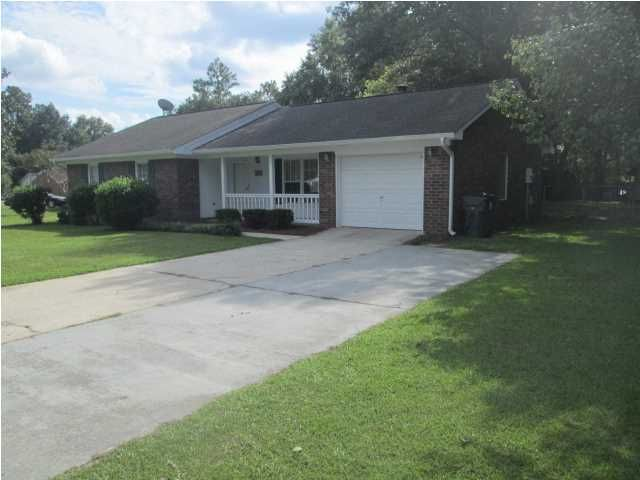 1315 Hampton Drive Summerville, SC 29483