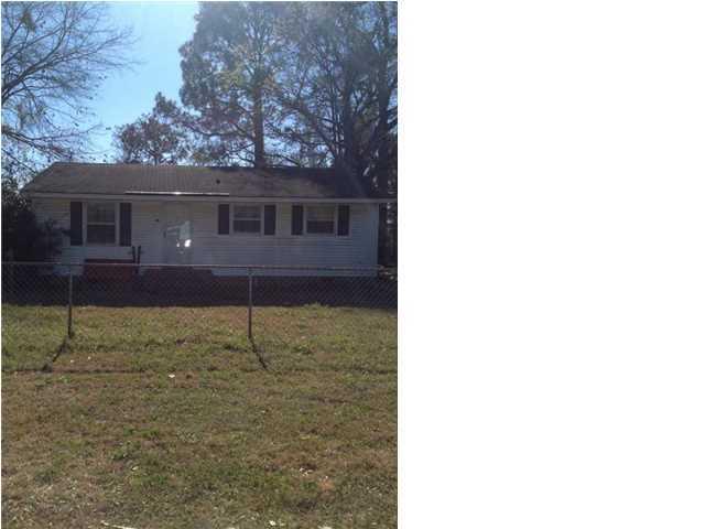 2433  Eagle Drive North Charleston, SC 29406