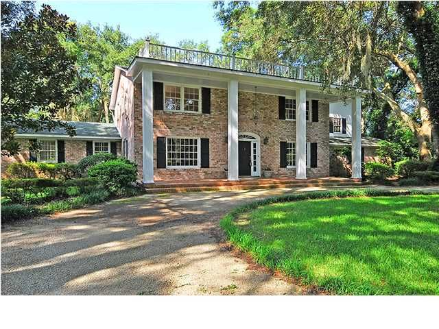 711 Knotty Pine Road Charleston, SC 29412