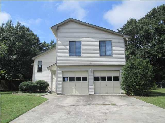 111  Cottonwood Lane Summerville, SC 29483