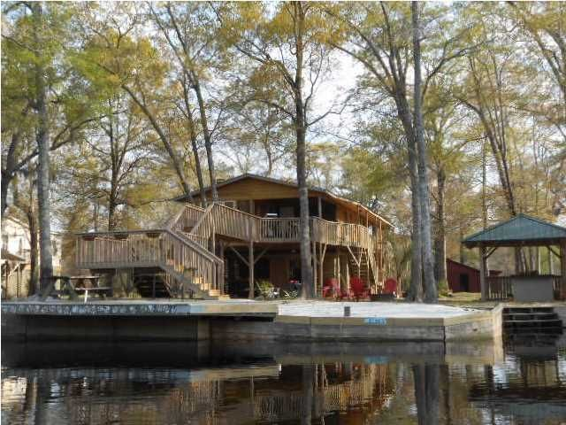 292  Daigle Lane Cottageville, SC 29435