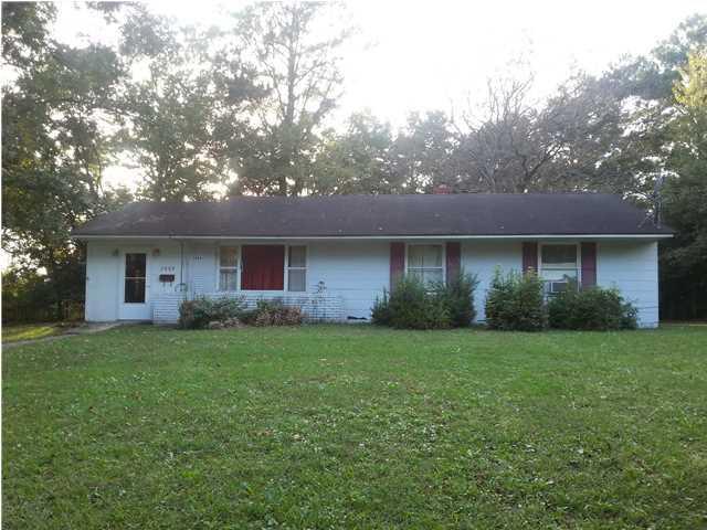 2888  Charlene Drive North Charleston, SC 29405