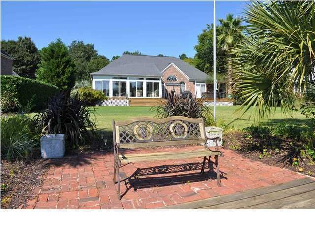 1268  Waterfront Drive Mount Pleasant, SC 29464