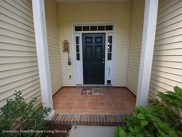 837  Paran Oaks Drive Charleston, SC 29414