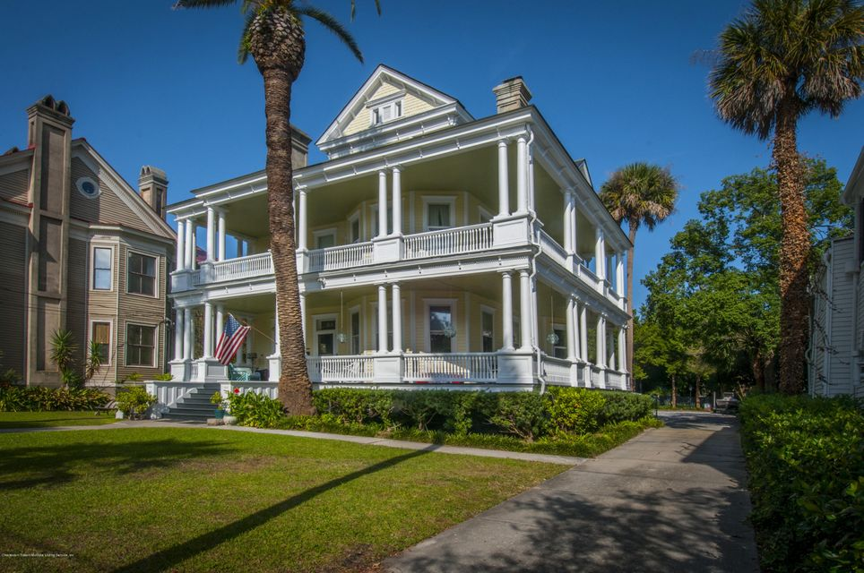 64 Rutledge Avenue Charleston, SC 29401