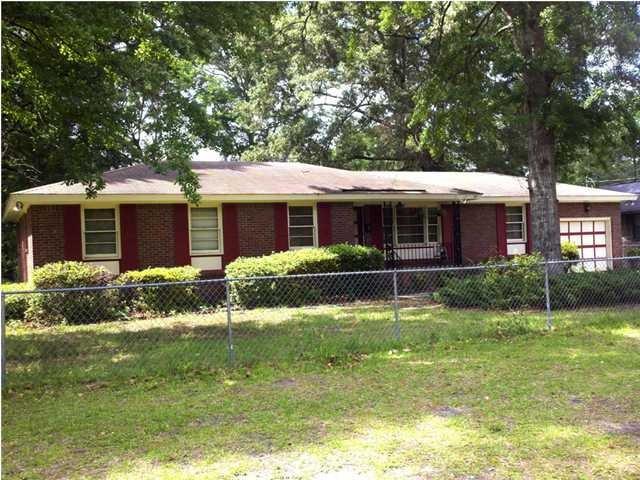 310 N Walnut Street Summerville, SC 29483