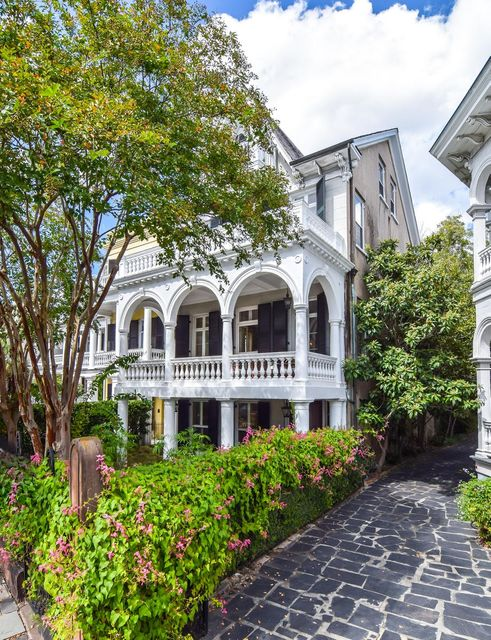28 South Battery Street Charleston, SC 29401
