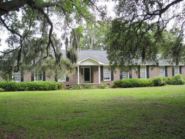 2037  Bradham Road Charleston, SC 29412