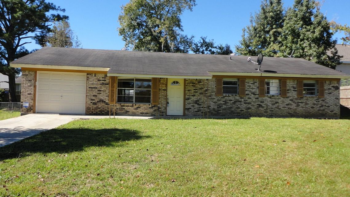 8843 Bucknell Drive North Charleston, SC 29406