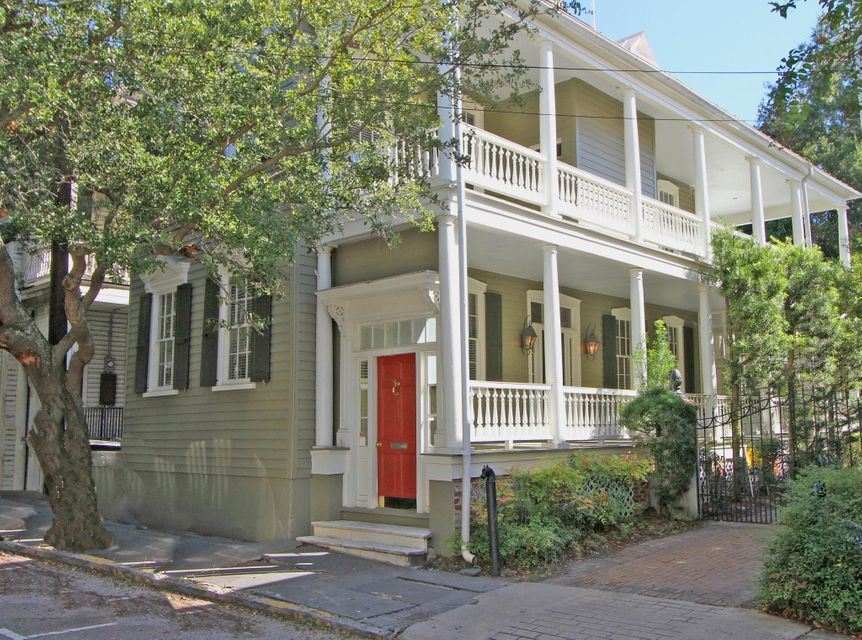 127 Wentworth Street Charleston, SC 29401