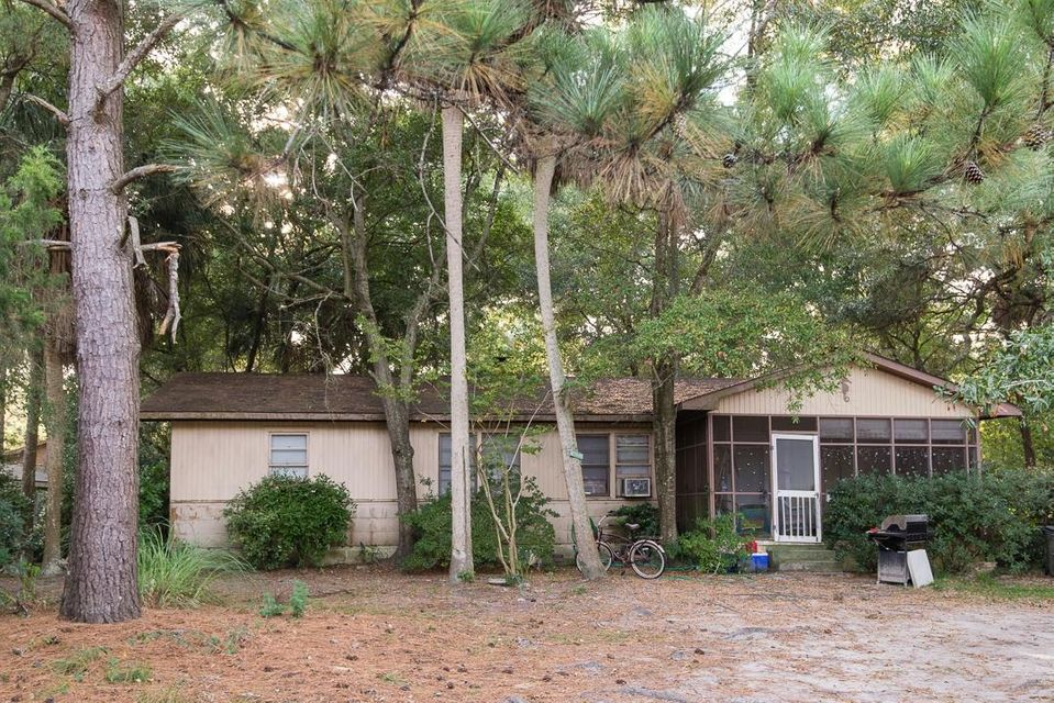 19  25TH Avenue Isle Of Palms, SC 29451