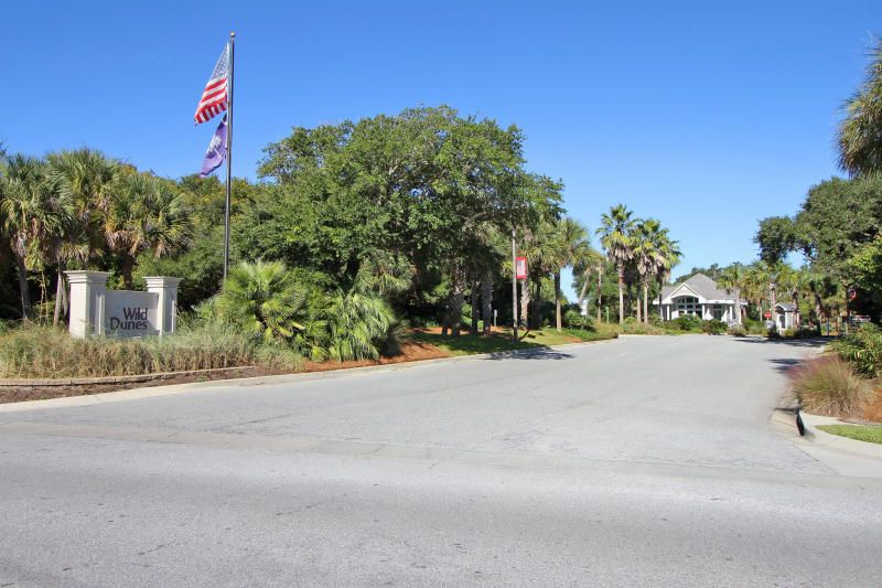 5805  Back Bay Drive Isle Of Palms, SC 29451