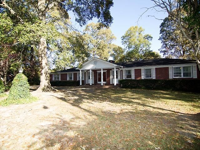 107 Hampton Avenue Goose Creek, SC 29445