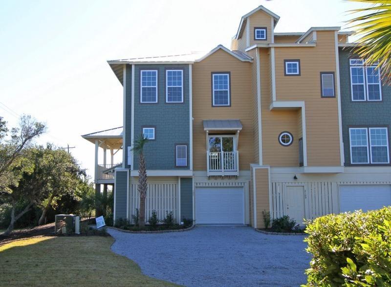 2107 Tides End Road Charleston, SC 29412