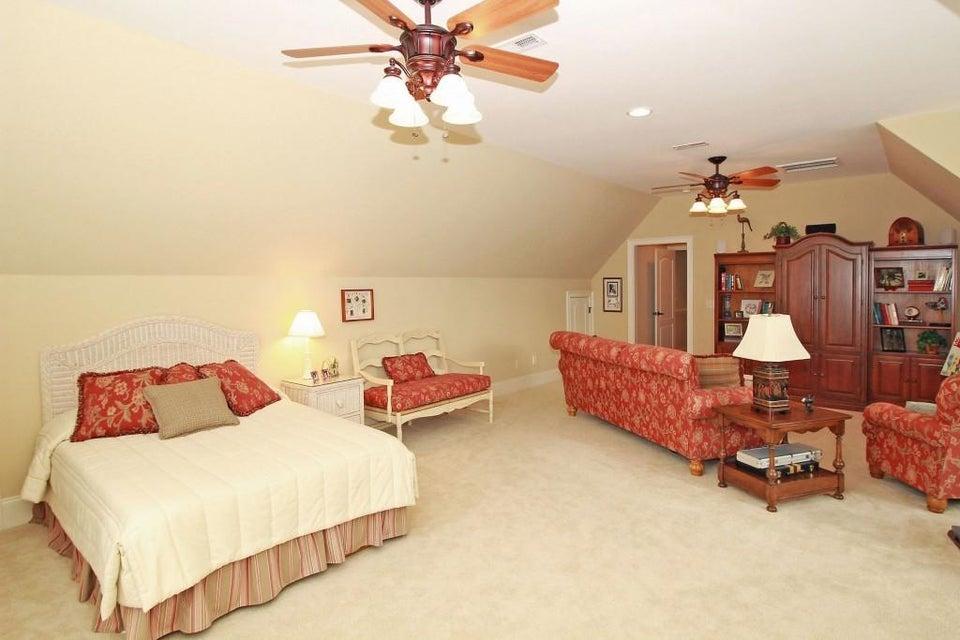 4202 Sawgrass Drive North Charleston, SC 29420