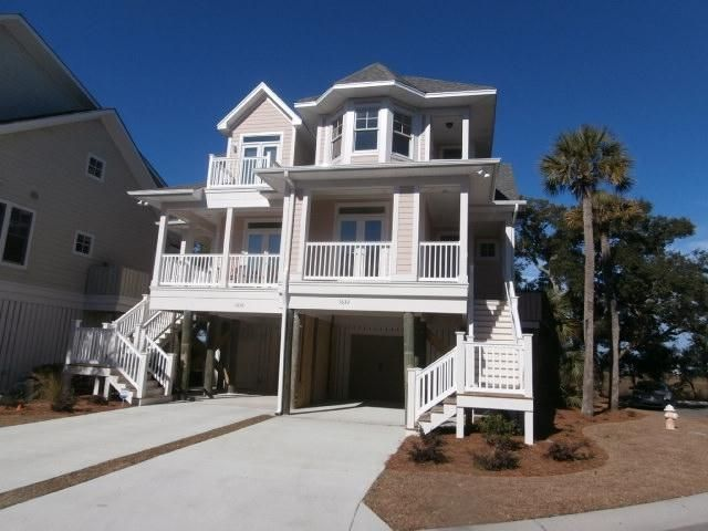 1632 Folly Creek Way Folly Beach, SC 29439