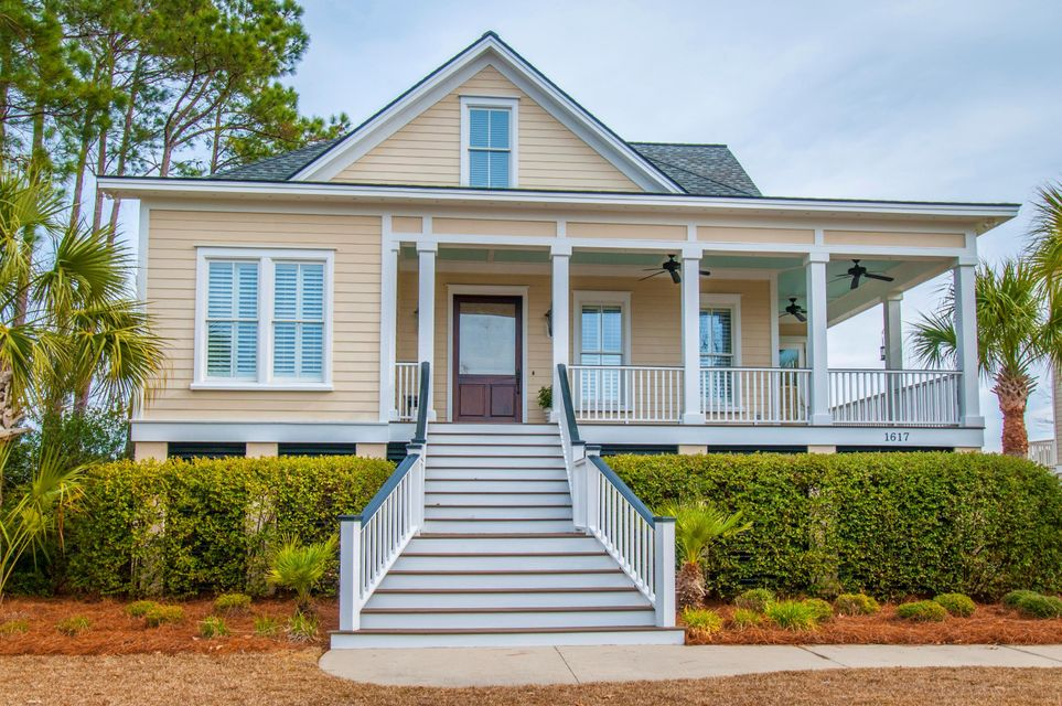 1617  Rivertowne Country Club Drive Mount Pleasant, SC 29466