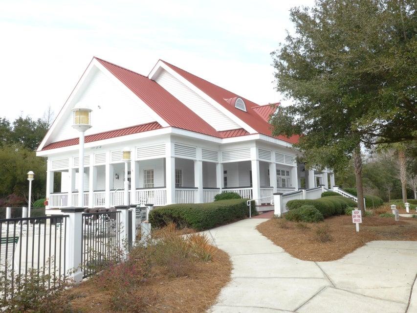 2483  Worthington Drive Mount Pleasant, SC 29466