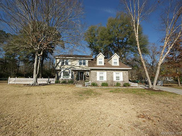 109  Sylvan Terrace Summerville, SC 29485