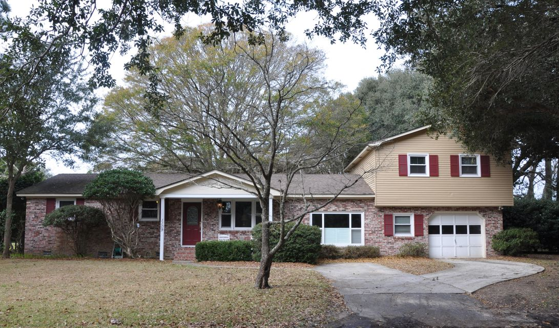 1109  Leeward Avenue James Island, SC 29412