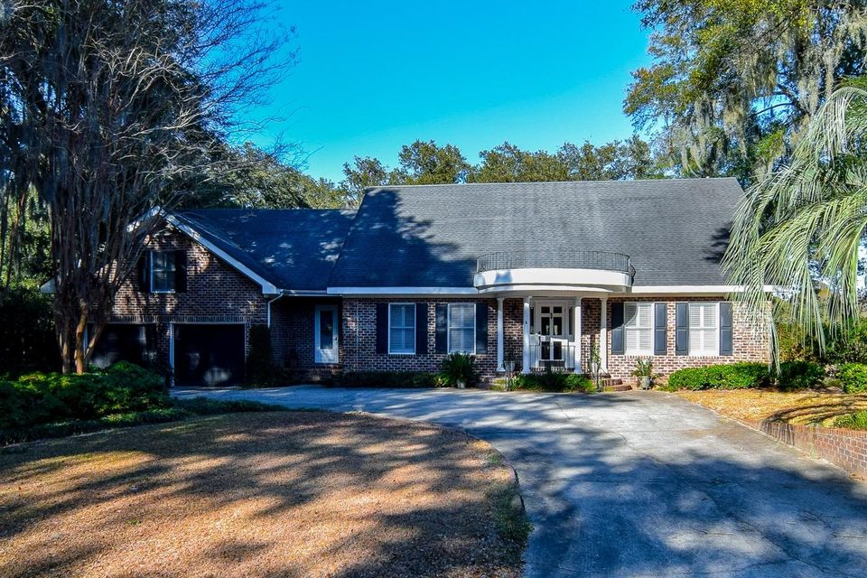 1058 Fort Sumter Drive Charleston, SC 29412