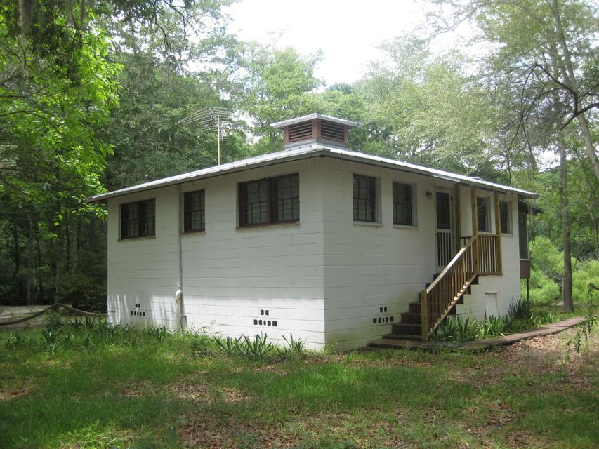 250  Pocket Lane Cottageville, SC 29435
