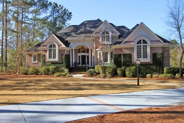 3084 Pignatelli Crescent Mount Pleasant, SC 29466