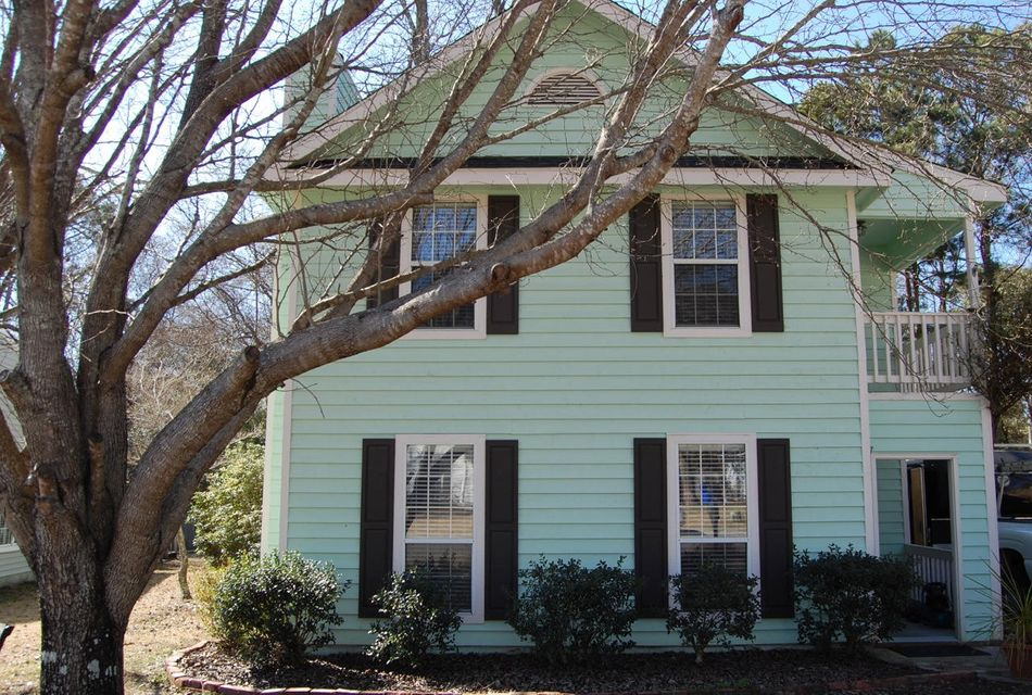 555  Castle Hall Road Mount Pleasant, SC 29464