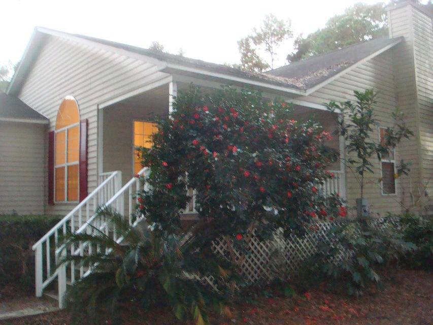 5 S Held Circle Charleston, SC 29412