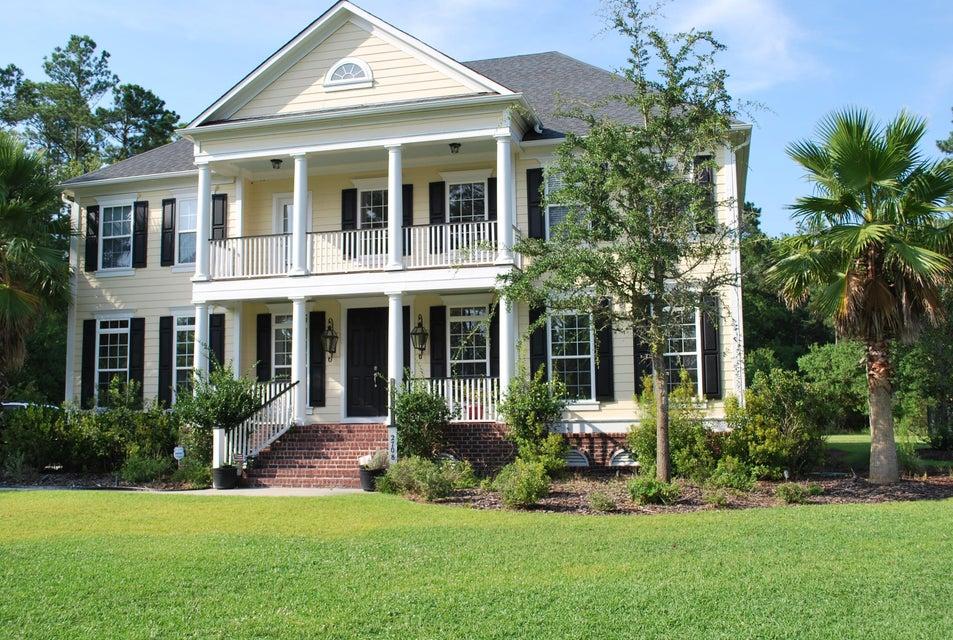 2708  Oak Manor Drive Mount Pleasant, SC 29466