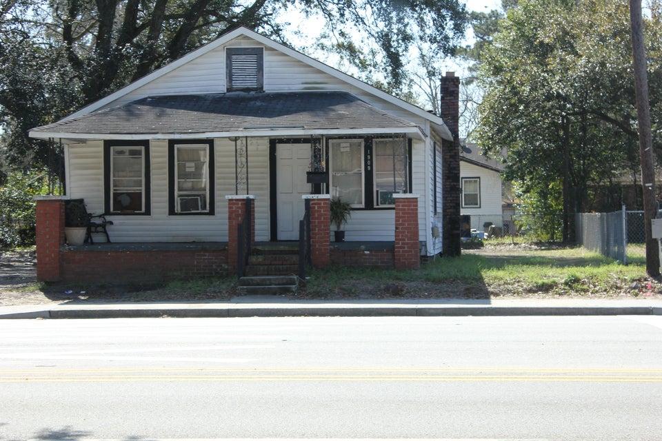 1909 E Montague Avenue North Charleston, SC 29405
