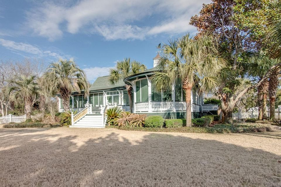 sullivans island singles Looking for sullivan's island south carolina new homes let carolina one show you an abundance of sullivan's island new homes in your price range contact us today.