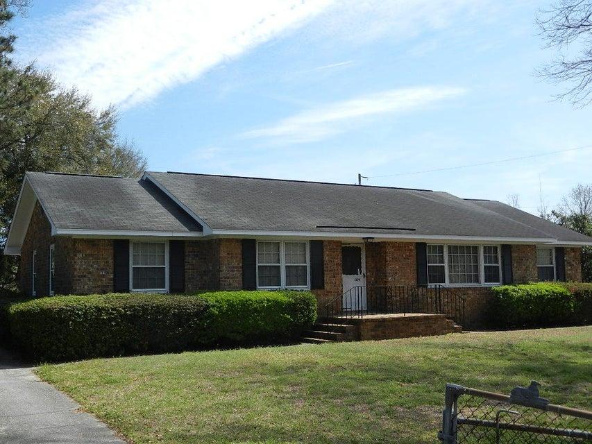 1375  Old Georgetown Road Mount Pleasant, SC 29464