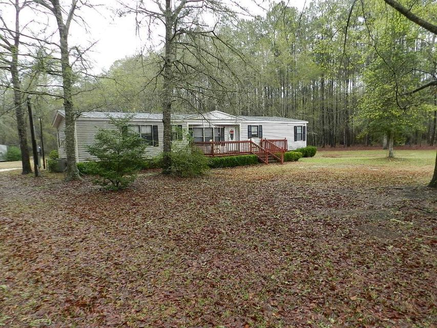 1102  Mistletoe Lane Cottageville, SC 29435