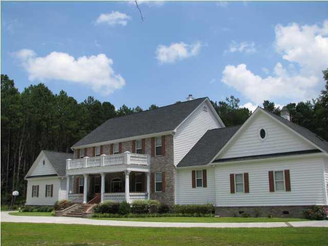 120  Cotton Creek Lane Ridgeville, SC 29472