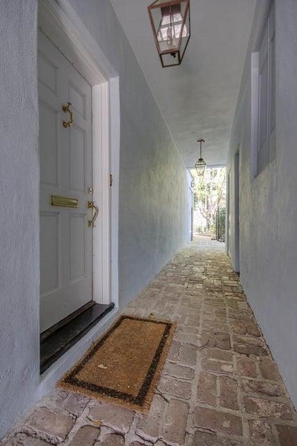 20  Elliott Street Charleston, SC 29401