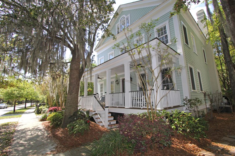137 N Shelmore Boulevard Mount Pleasant, SC 29464