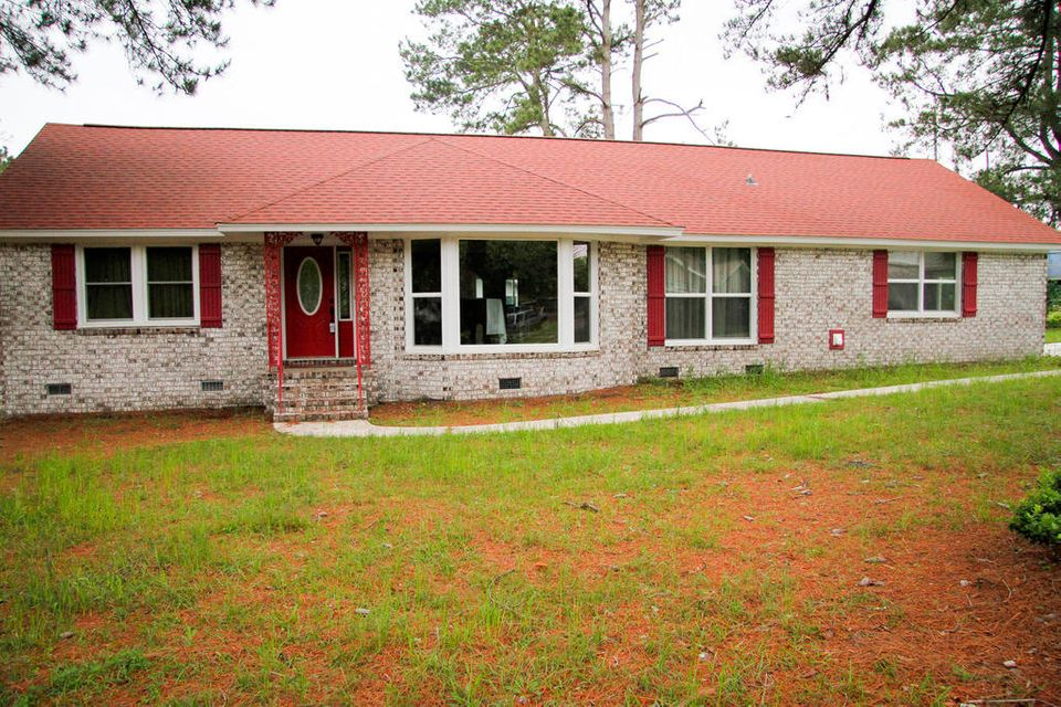 2497 Vistavia Road North Charleston, SC 29406