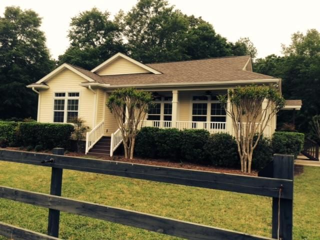 424 Old Blackdog Trl Huger, SC 29450