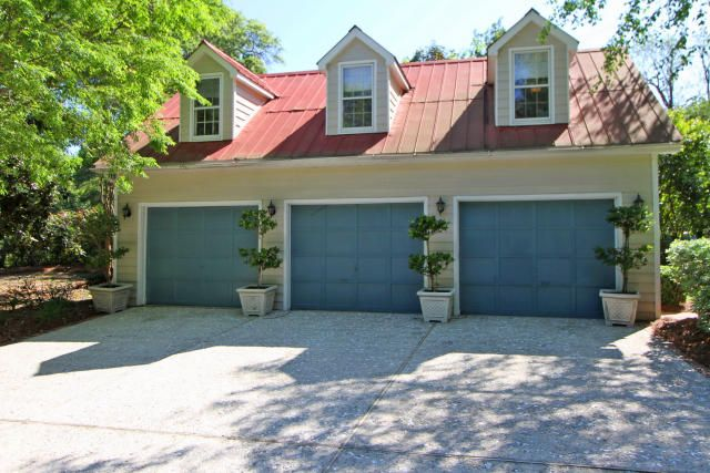 111  Live Oak Drive Mount Pleasant, SC 29464