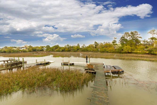 674  Fishermans Bend Mount Pleasant, SC 29464