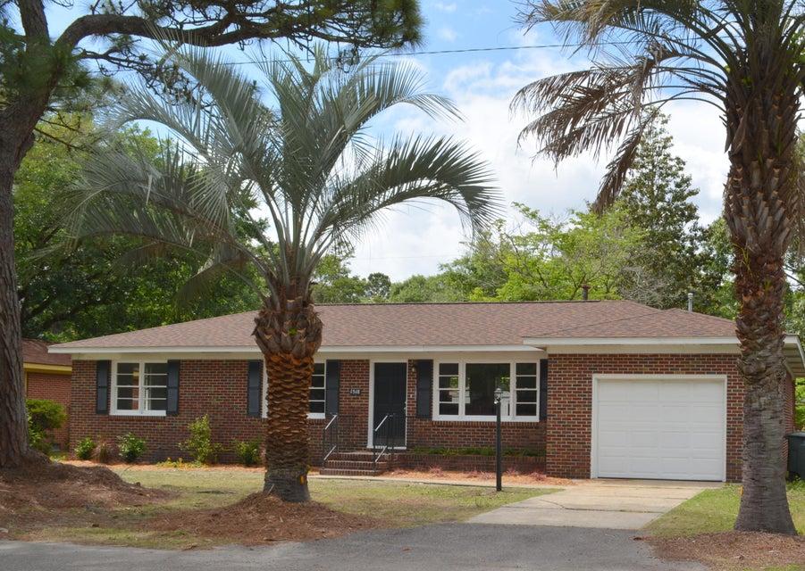 1518  Manor Boulevard Charleston, SC 29407