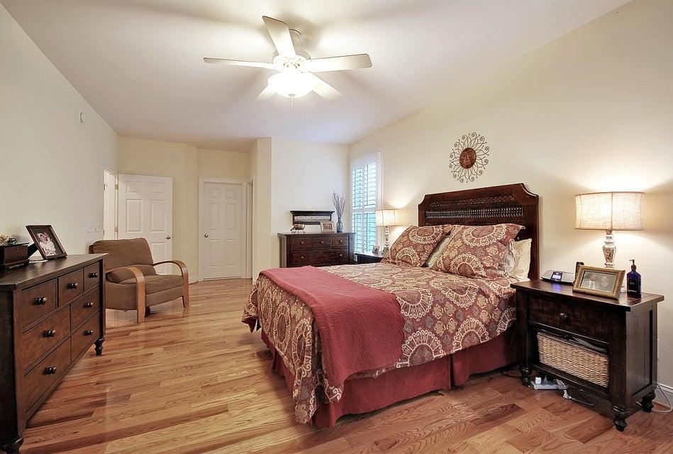 1823  Delacourt Avenue Mount Pleasant, SC 29466