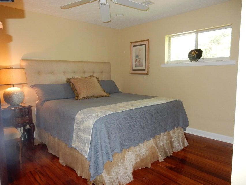 2047  Woodland Shores Road Charleston, SC 29412