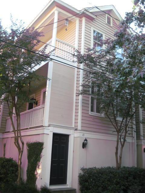 13  Kirkland Lane Charleston, SC 29401