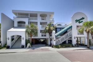 1004 Ocean Boulevard Isle Of Palms, SC 29451