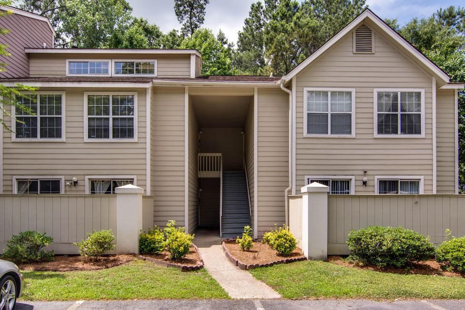7965  Edgebrook Circle North Charleston, SC 29418