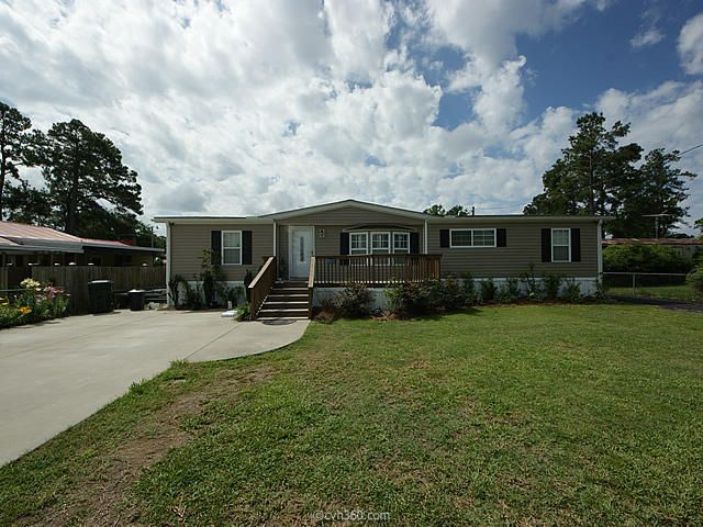 410  Lake Moultrie Drive Bonneau, SC 29431