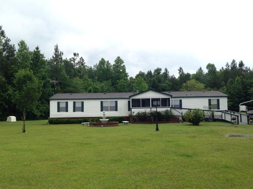 541 Denmar Drive Ridgeville, SC 29472